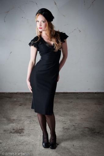 allure dress ernst hatwich