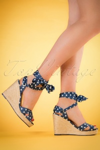 Dancing Days by Banned Blue Poppie Sandal 420 39 20522 model 03082017 003W