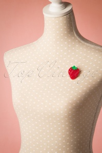 Collectif Strawberry Brooch 340 20 20344 20170404 0010w
