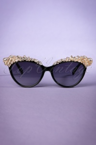 50s Audrey Cat Eye Sunglasses with Diamonds in Black