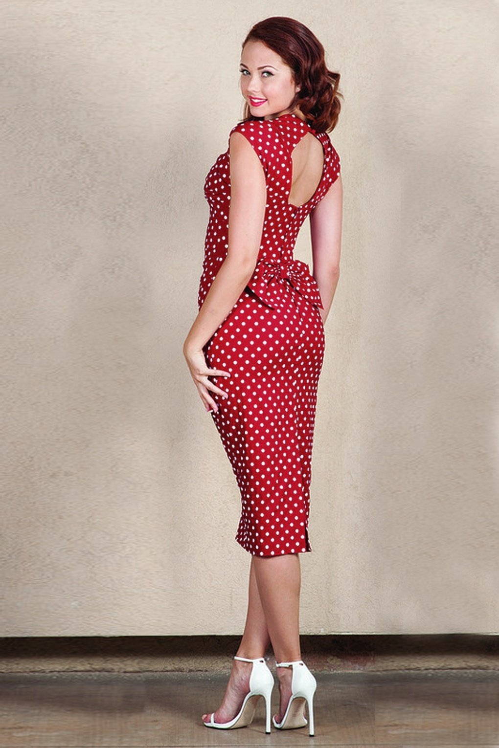 50s Dresses UK | 1950s Dresses, Shoes & Clothing Shops Love Polkadot print Bow Pencil Dress Red £187.13 AT vintagedancer.com