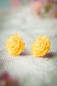 50s English Rose Earstuds in Yellow