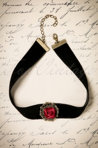 20s Victoria Red Rose Choker in Black
