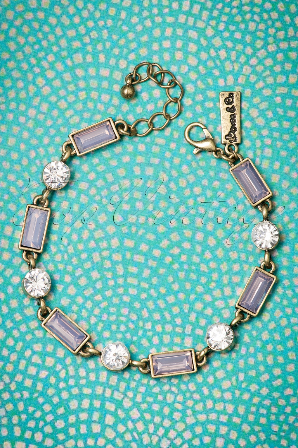 1950s Costume Jewelry 50s Rosewater Stone Bracelet £27.13 AT vintagedancer.com