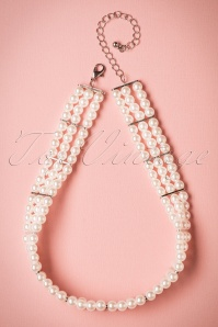 Darling Divine Short Pearl Necklace 300 51 20812 04252017 005W