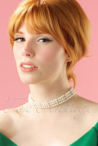 Darling Divine Short Pearl Necklace 300 51 20812 04252017 005modelW