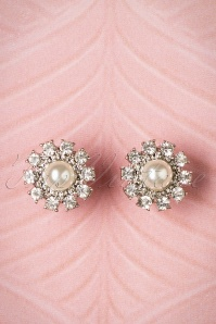 Lovely Grace Pearl earrings 332 51 21655 04262017 003W
