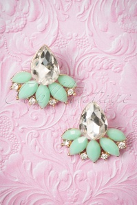 40s Infinity Leaf Gemstone Studs in Mint Green