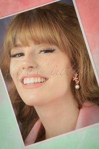 From Paris with Love! Blank Pink Flowers and Pearl Earrings 334 22 21552 20170426 0027w
