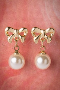 50s Cute Bow and Pearl Studs in Gold