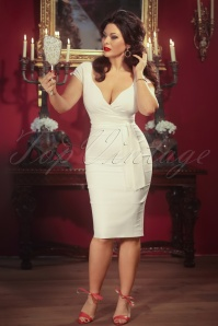 Vintage Diva The Bombshell in Cream 20880 20130318 0001w