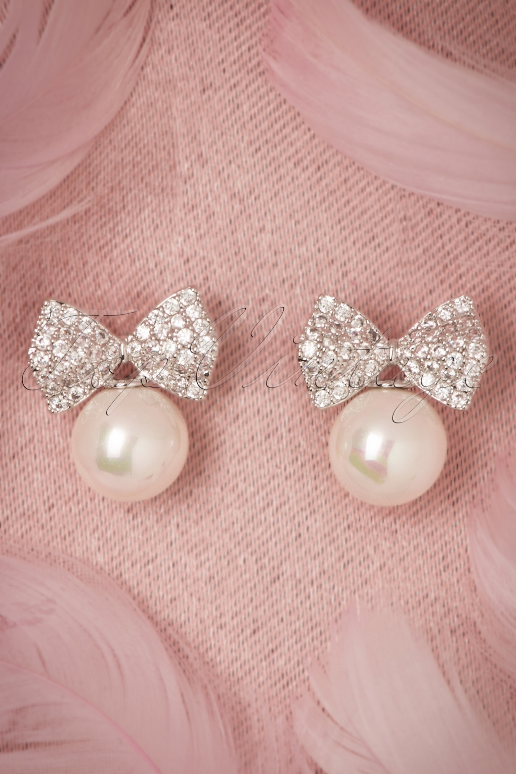 New 1940s Costume Jewelry: Necklaces, Earrings, Pins 40s Pearl and Bow Earrings in Silver £18.41 AT vintagedancer.com