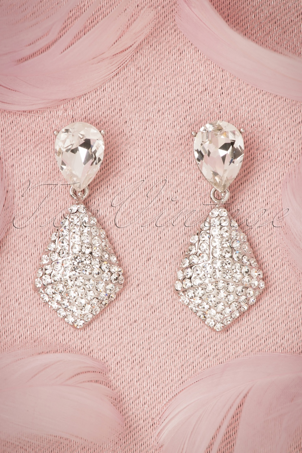 New 1940s Costume Jewelry: Necklaces, Earrings, Pins 40s Crystal Tear Drop Earrings in Silver £21.05 AT vintagedancer.com