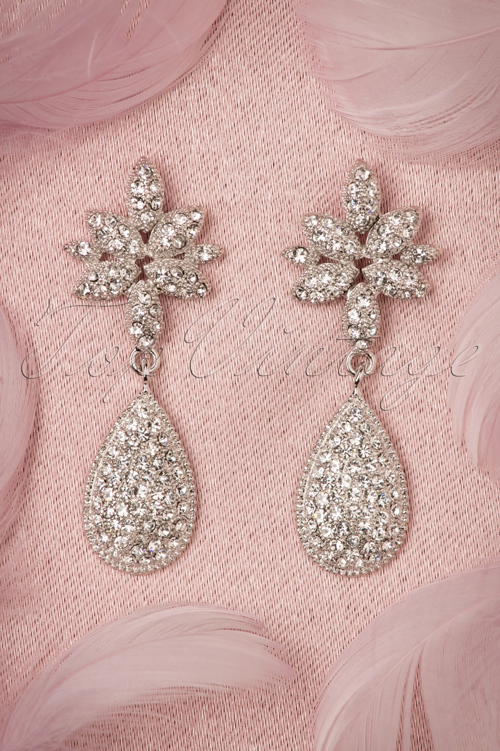 New 1940s Costume Jewelry: Necklaces, Earrings, Pins 40s Diamond Tear Drop Earrings in Silver £24.56 AT vintagedancer.com