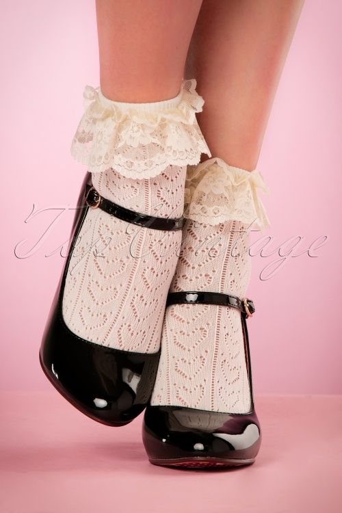 Rouge Royale Ivory Crochet Anklet Socks 179 50 21880 05032017 005W