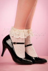 Rouge Royale Ivory Crochet Anklet Socks 179 50 21880 05032017 003W