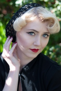 40s Lily Hair Snood in Black