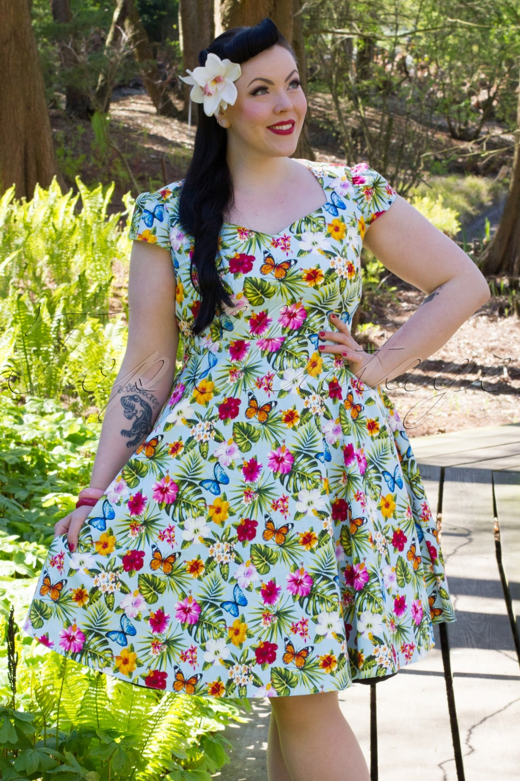 Retro Tiki Tropical Hawaiian Style Dresses