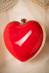 Banned Starburst Heart Bag in Red 210 20 21116 05102017 031W