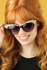 Collectif Audrey Diamants Catseye Sunglasses 260 10 21480 model01W