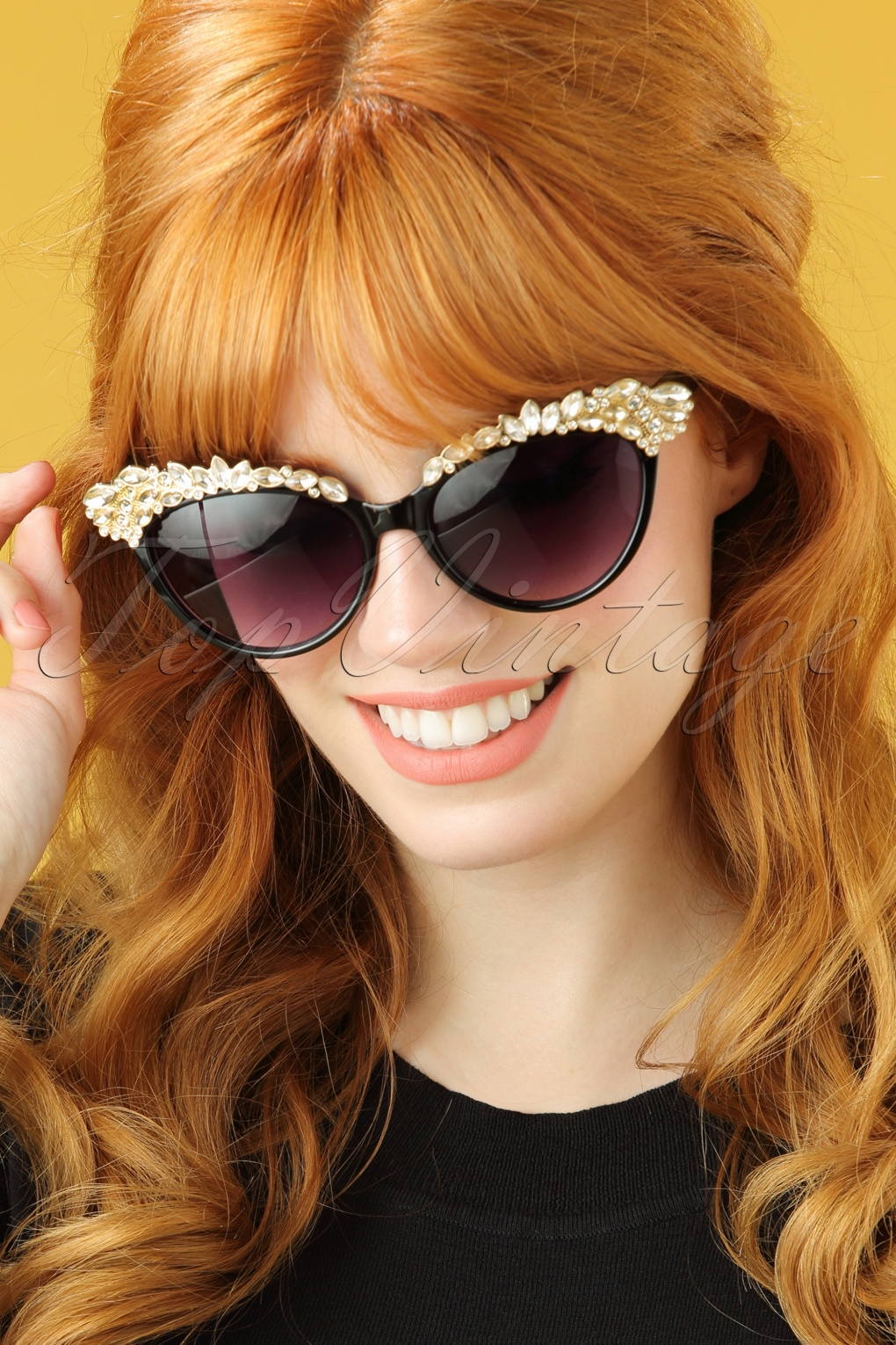 1950s Sunglasses & Eyeglasses Frames 50s Audrey Cat Eye Sunglasses with Diamonds in Black £12.62 AT vintagedancer.com