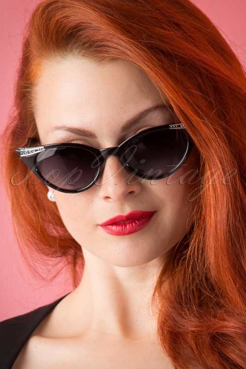 So Retro 50s Vintage Cat Eye Diamond Sunglasses in Black 160 10 13237 20151016 157W