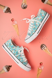 50s Ice Cream Sneakers in Blue