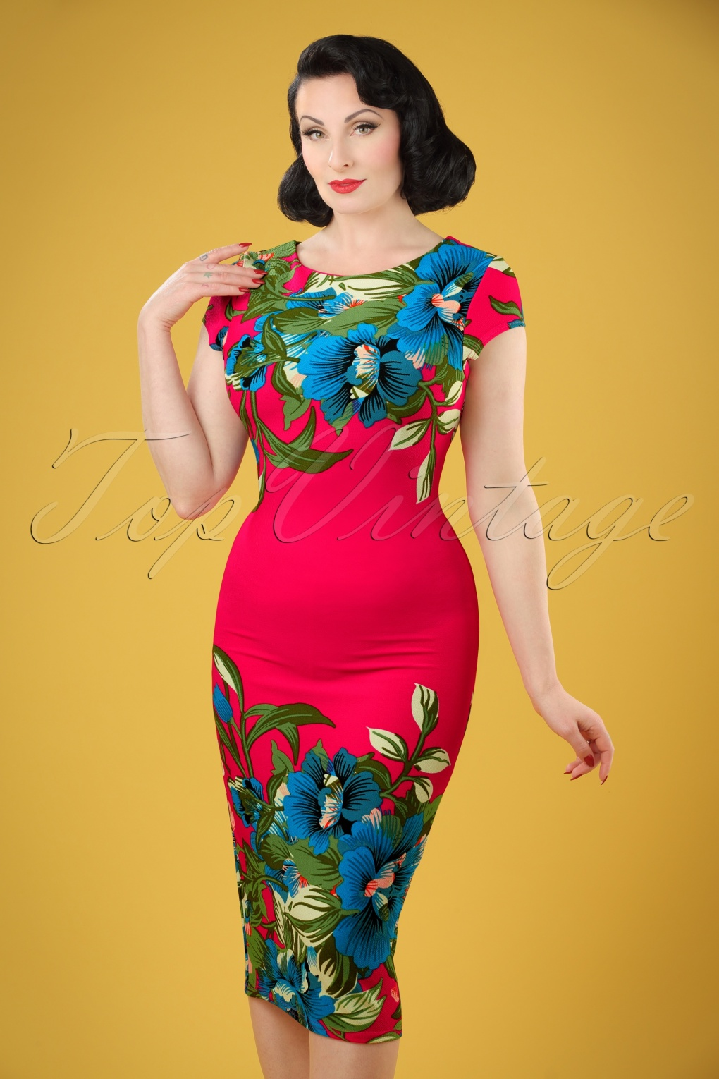 1960s Dresses – A Rainbow of 50 Dresses (Pictures) 60s Aloha Tropical Garden Short Sleeves Pencil Dress in Hot Pink £34.94 AT vintagedancer.com