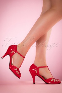 40s Secret Love Sandals in Lipstick Red