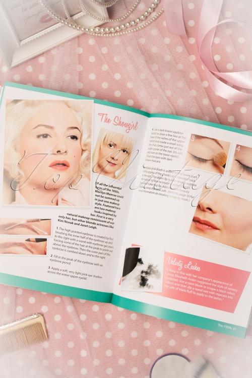 Retro Makeup Techniques For Applying The Vintage Look