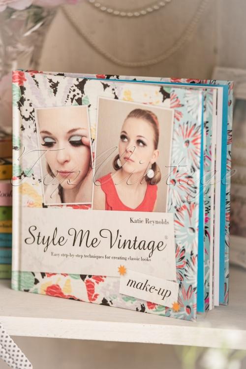 Style me vintage Make up 530 99 10087 05312017 003W