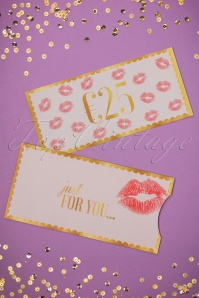 Top Vintage Gift Card 05312017 017W
