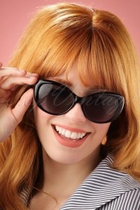 60s So Retro Genova Sunglasses in Black