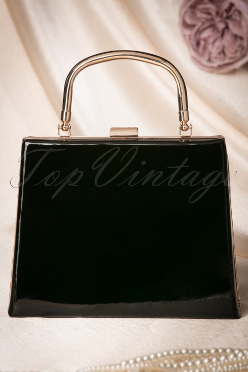 La Parisienne Lacquer Handbag in Black 212 10 22263 20170620 0059w