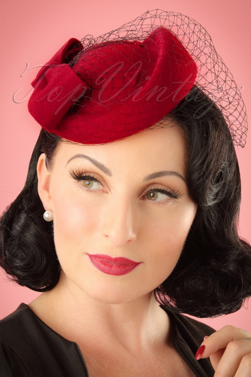 Collectif Clothing Lucy Hat in Red 202 20 16987 20151130 model02W