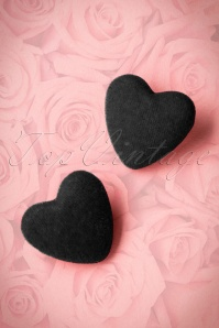 50s Velvet Heart Earrings in Black