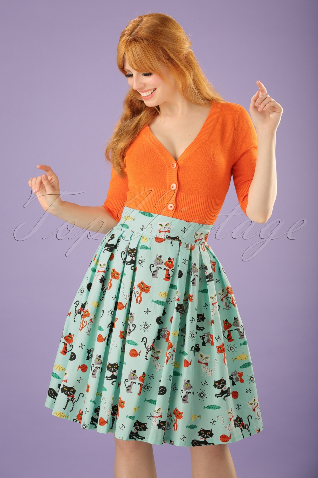 1950s Skirt Styles & History 50s Veronika Cats Swing Skirt in Mint £18.04 AT vintagedancer.com