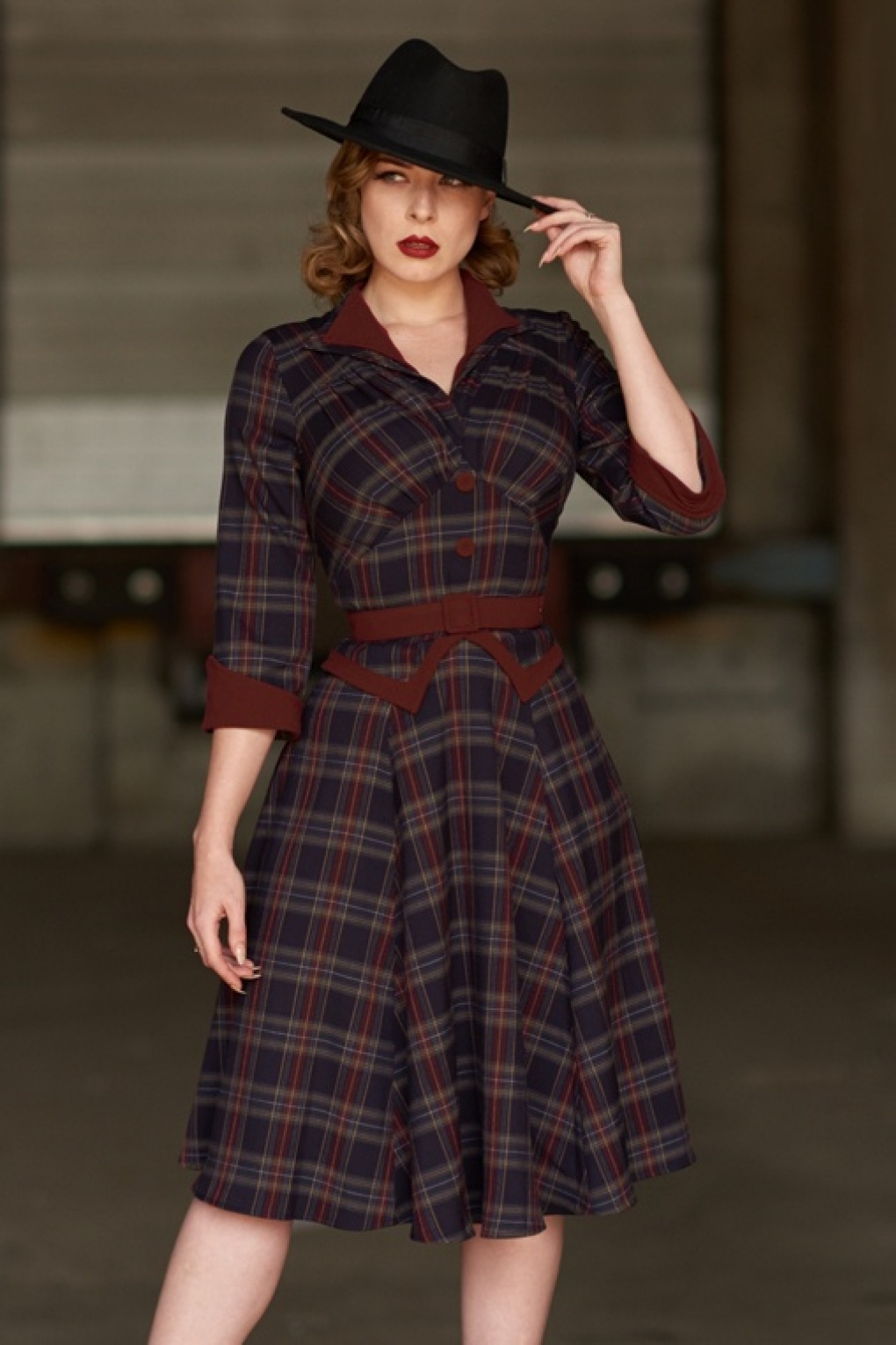 Authentic Natural 1950s Makeup History and Tutorial 50s Brianna Tartan Swing Dress in Navy and Wine £100.09 AT vintagedancer.com