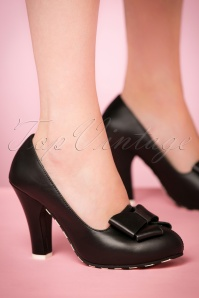 50s June Bow Leather Pumps in Black
