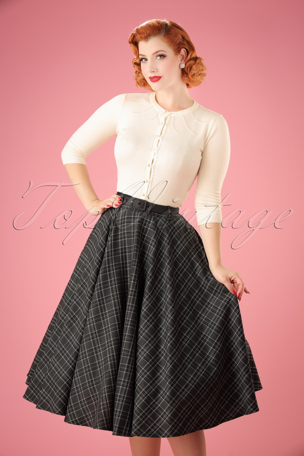What Did Women Wear in the 1950s? 1950s Fashion Guide 50s Bridget Tartan Flare Skirt in Grey £43.48 AT vintagedancer.com