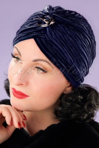 20s Viola Velvet Turban Hat in Navy