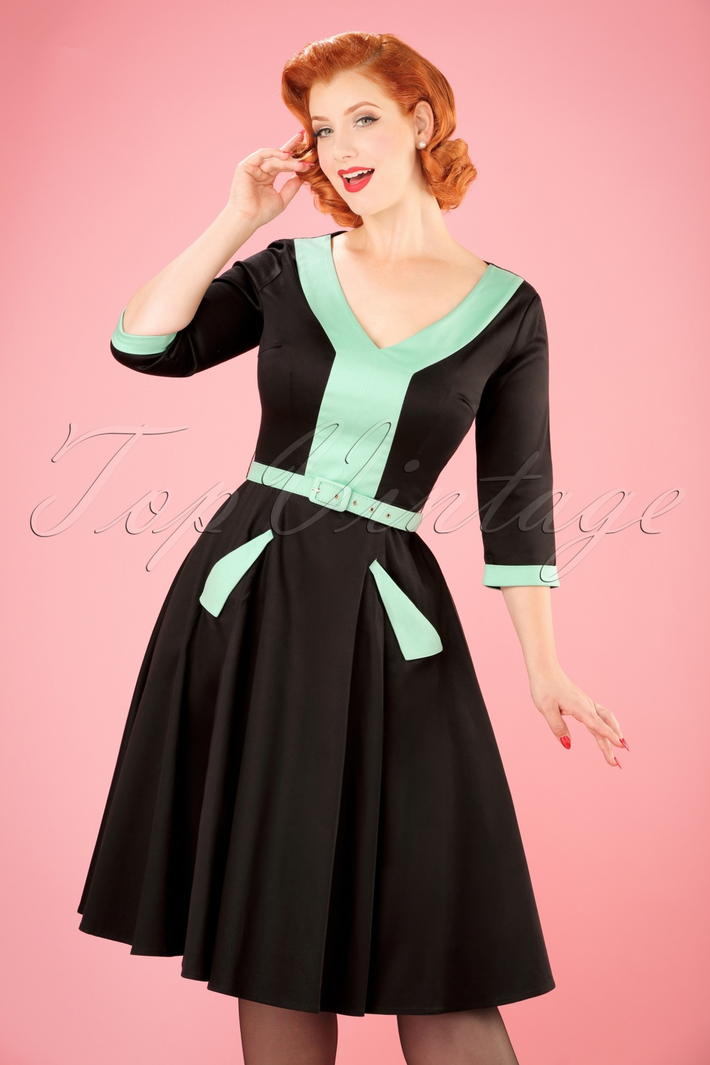 1950s Swing Dresses | 50s Swing Dress 50s Stella Swing Dress in Black and Green £82.62 AT vintagedancer.com