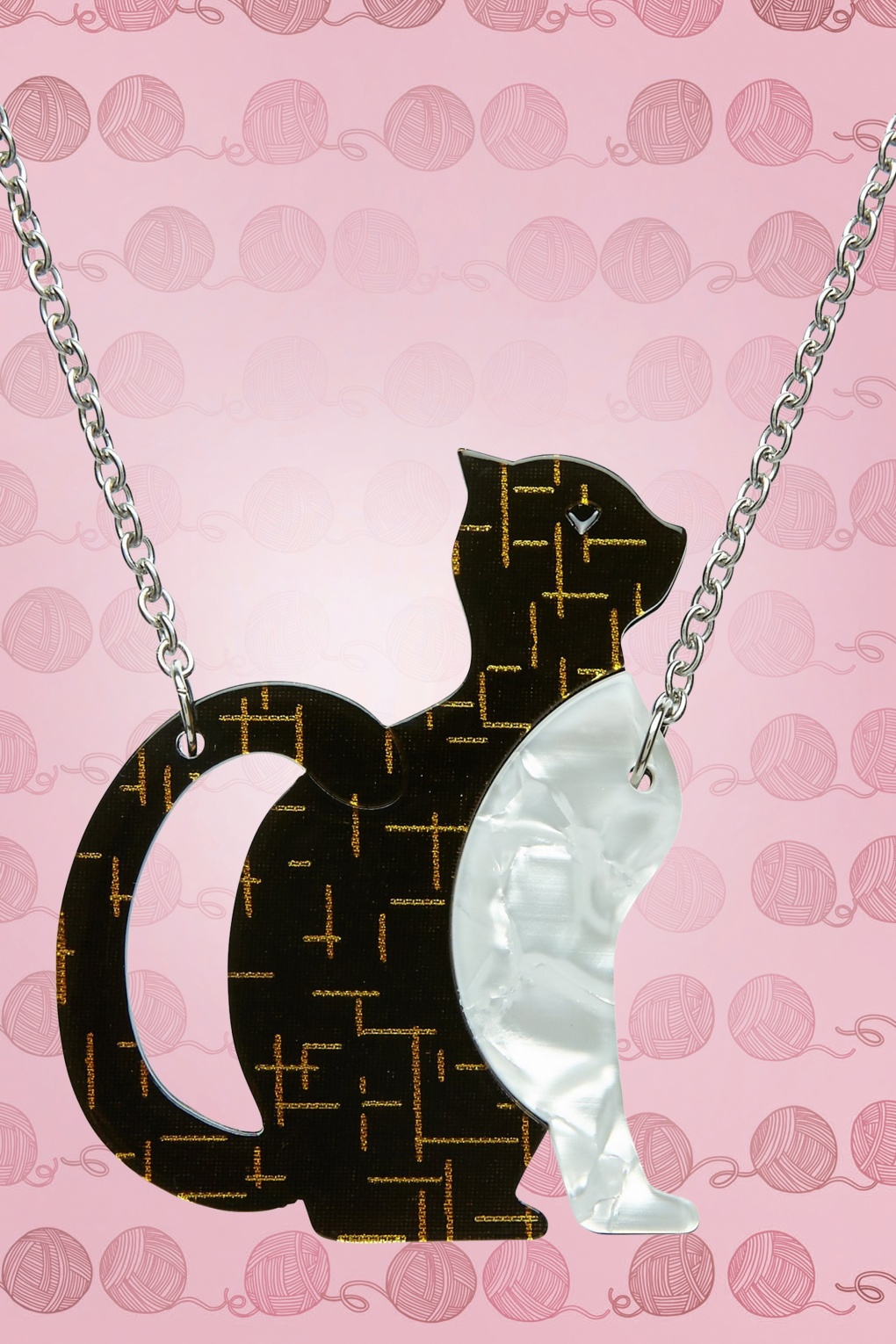 1960s Costume Jewelry – 1960s Style Jewelry 60s Purrfectly Content Cat Necklace £29.63 AT vintagedancer.com
