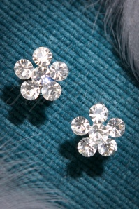 ZaZoo Clear Stone Flower Earrings  330 92 22878 20170828 0032w