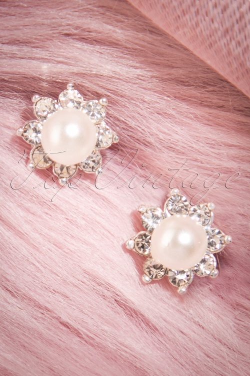 ZaZoo Pearl and Daimond Flower Earrings 330 92 22877 20170825 0005w