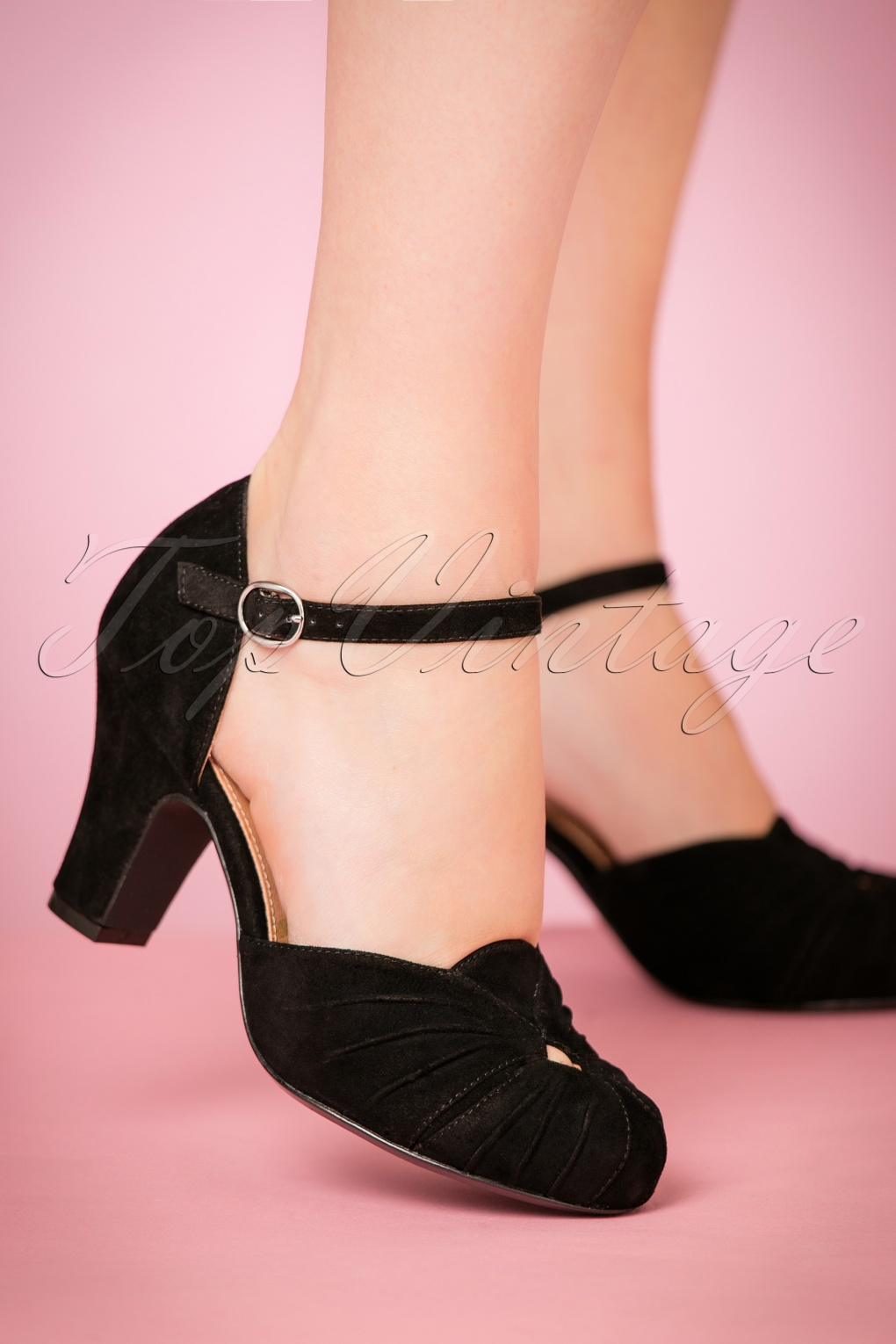 Vintage Shoes, Vintage Style Shoes 40s Amber Suede Mary Jane Pumps in Black £158.24 AT vintagedancer.com