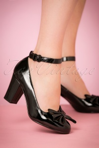 50s Beau Mary Jane Patent Pumps in Black