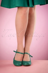 Bettie Page Shoes Bettie Pumps in Green 21496 04132016 006retouchedW
