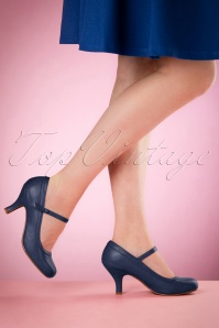 Bettie Page Shoes 50s Bettie Pumps in Navy
