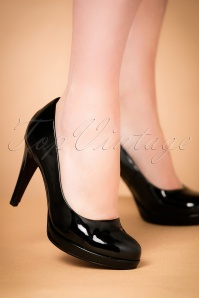 50s Classy Patent Heart Sole Pumps in Black